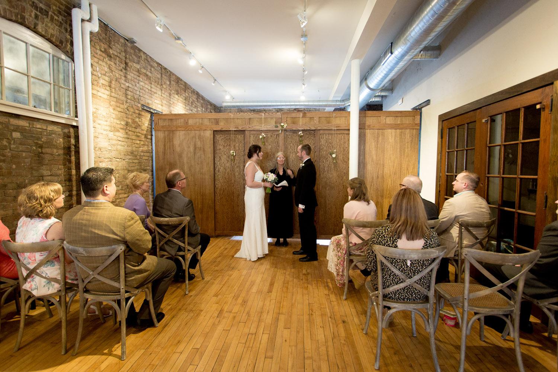 08-cornerstone-studios-wedding-professionals-small-events-ceremony-mahonen-photography.jpg