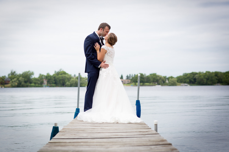 07-northern-minnesota-summer-lake-wedding-cabin-wedding-bride-groom-dock-mahonen-photography.jpg