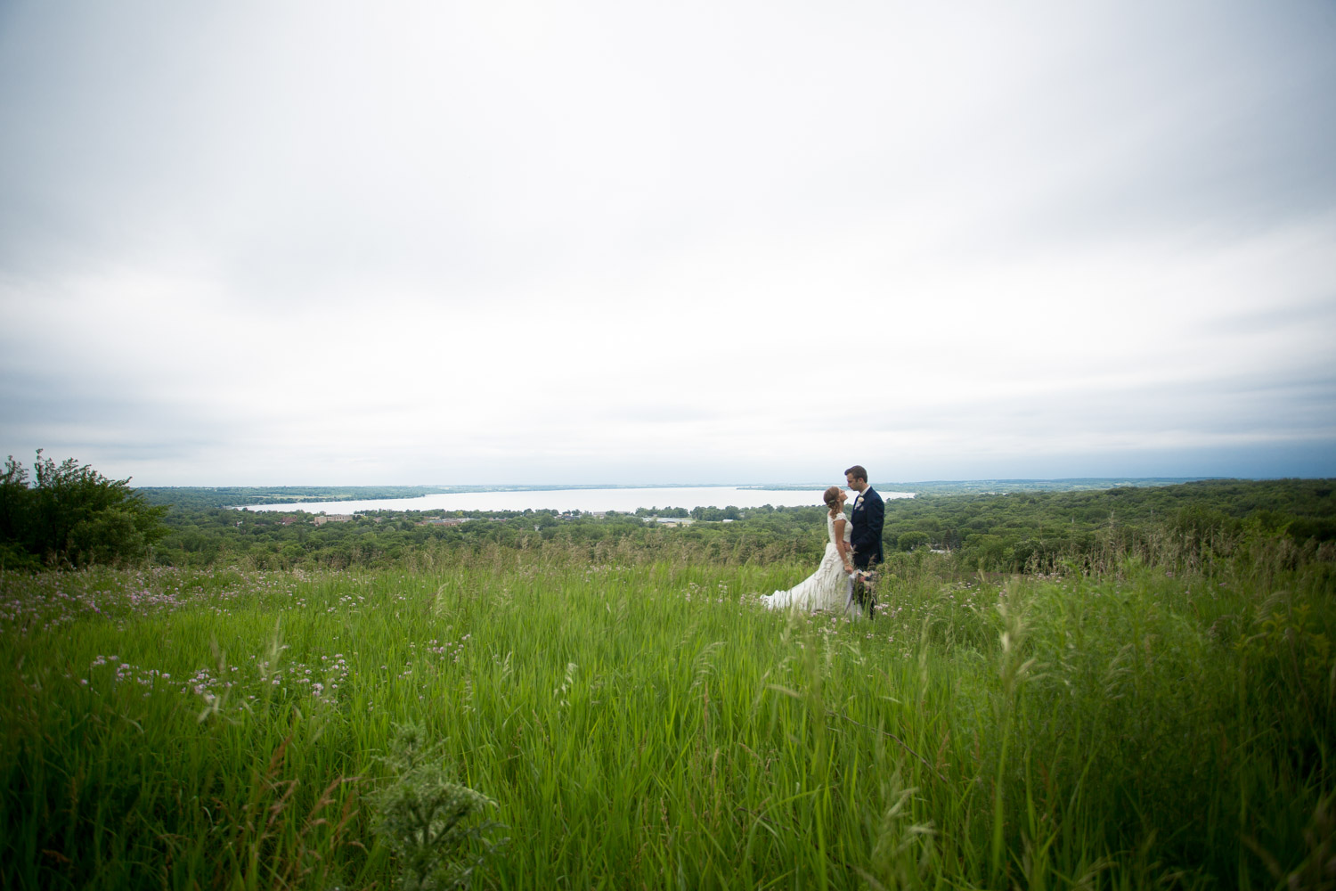 11-northern-minnesota-summer-lake-wedding-bride-groom-landscape-view-mahonen-photography.jpg