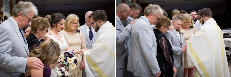 12-greysolon-ballroom-duluth-minnesota-summer-wedding-catholic-pre-ceremony-prayer-mahonen-photography.jpg