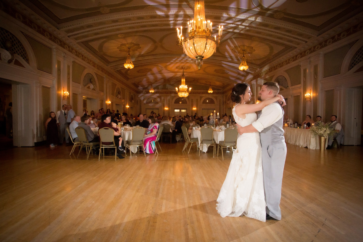 21-greysolon-ballroom-duluth-minnesota-summer-wedding-downtown-duluth-wedding-reception-bride-and-groom-first-dance-mahonen-photography.jpg