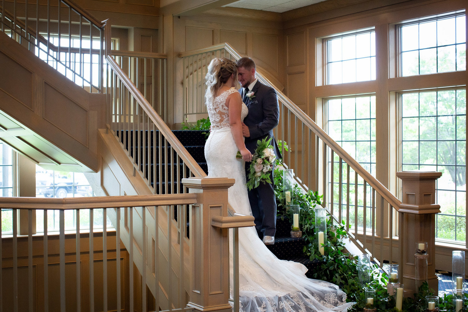 09-rush-creek-golf-course-bride-groom-portrait-grand-staircase-mahonenphotography-mn-wedding-photographer.jpg