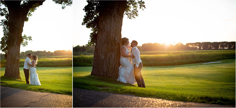 27-rush-creek-golf-course-bride-groom-sunset-mahonen-photography-mn-wedding-photographer.jpg