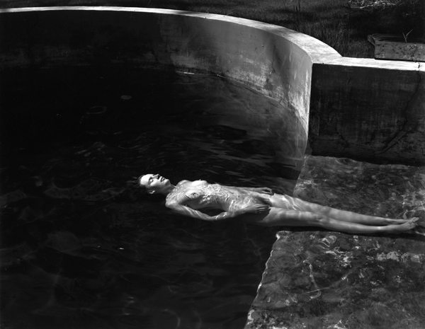edward-weston-nude-floating.jpg