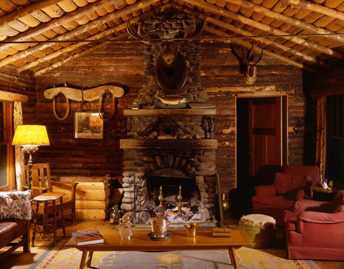 Livingroom-YL-Ranch.jpg