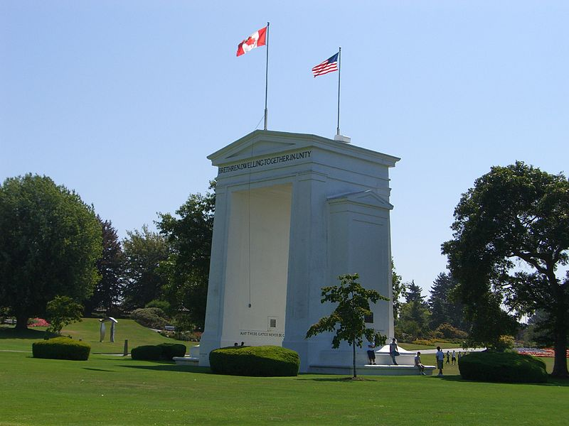 Peace Arch between Blaine, Washington (US) and Surrey, British Columbia (Canada)