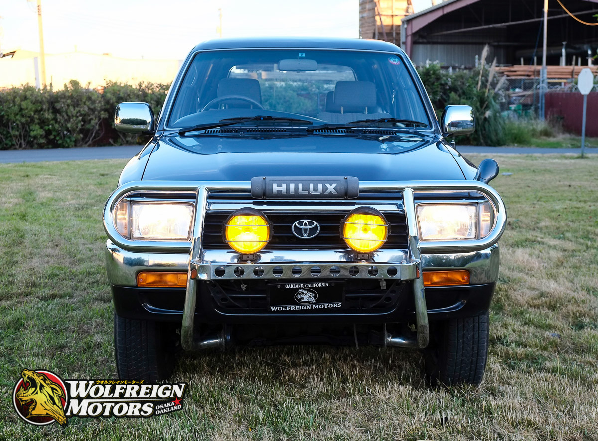 1992_JDM_Toyota_Hilux_Surf_5speed-2.jpg