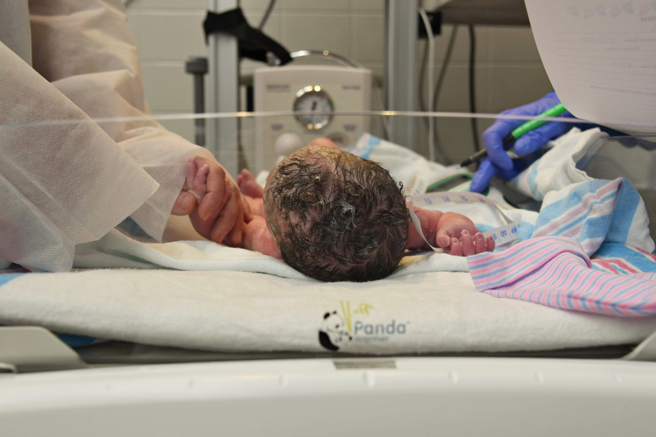 Ella's Birth Story-15.jpg