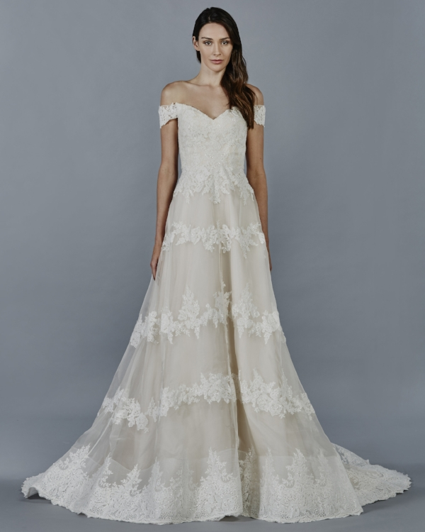 lace_wedding_dress_ZORA.jpg