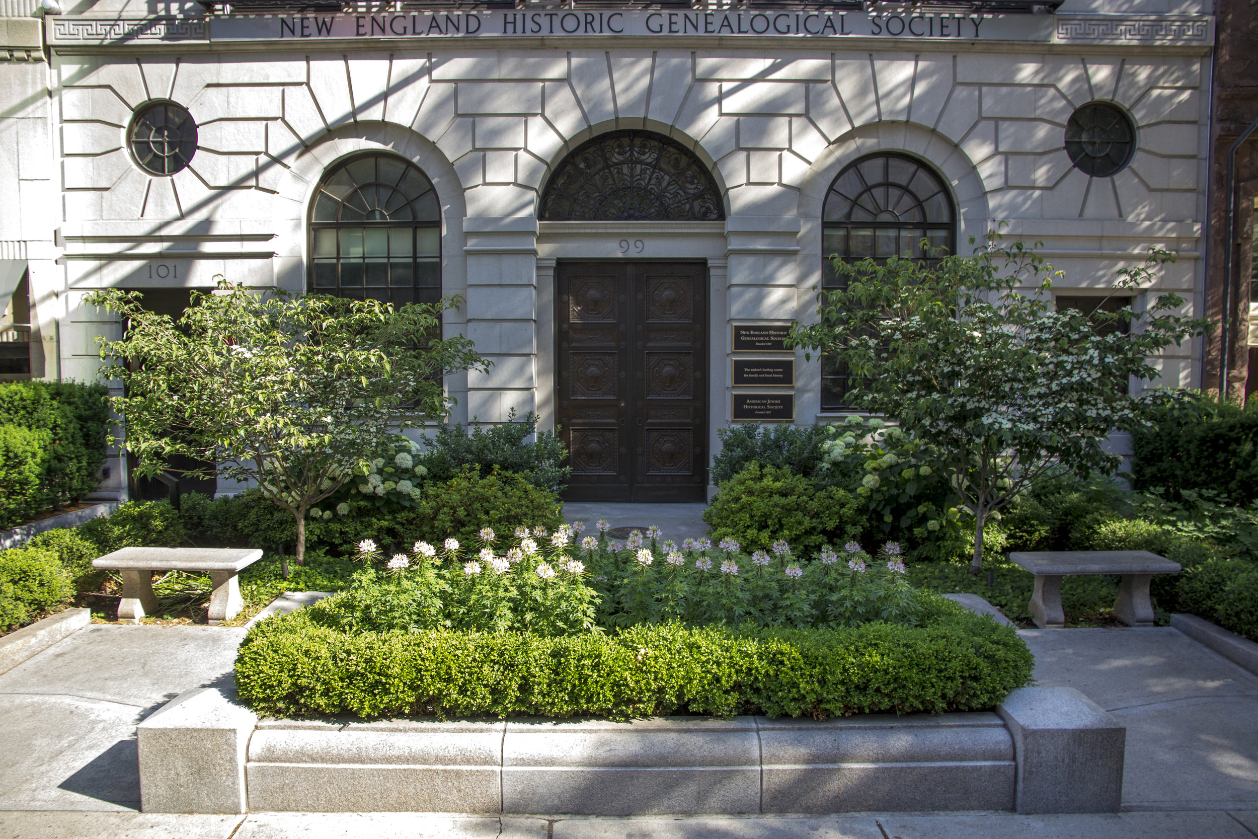 "Landscape Architecture, Merit: ""New England Historic Genealogical Society"" Gregory Lombardi Design"