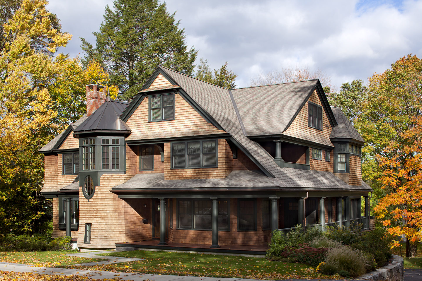 """Residential: New Construction under 5,000 SF """"Newton Shingle Style"""" LDa Architecture & Interiors"""
