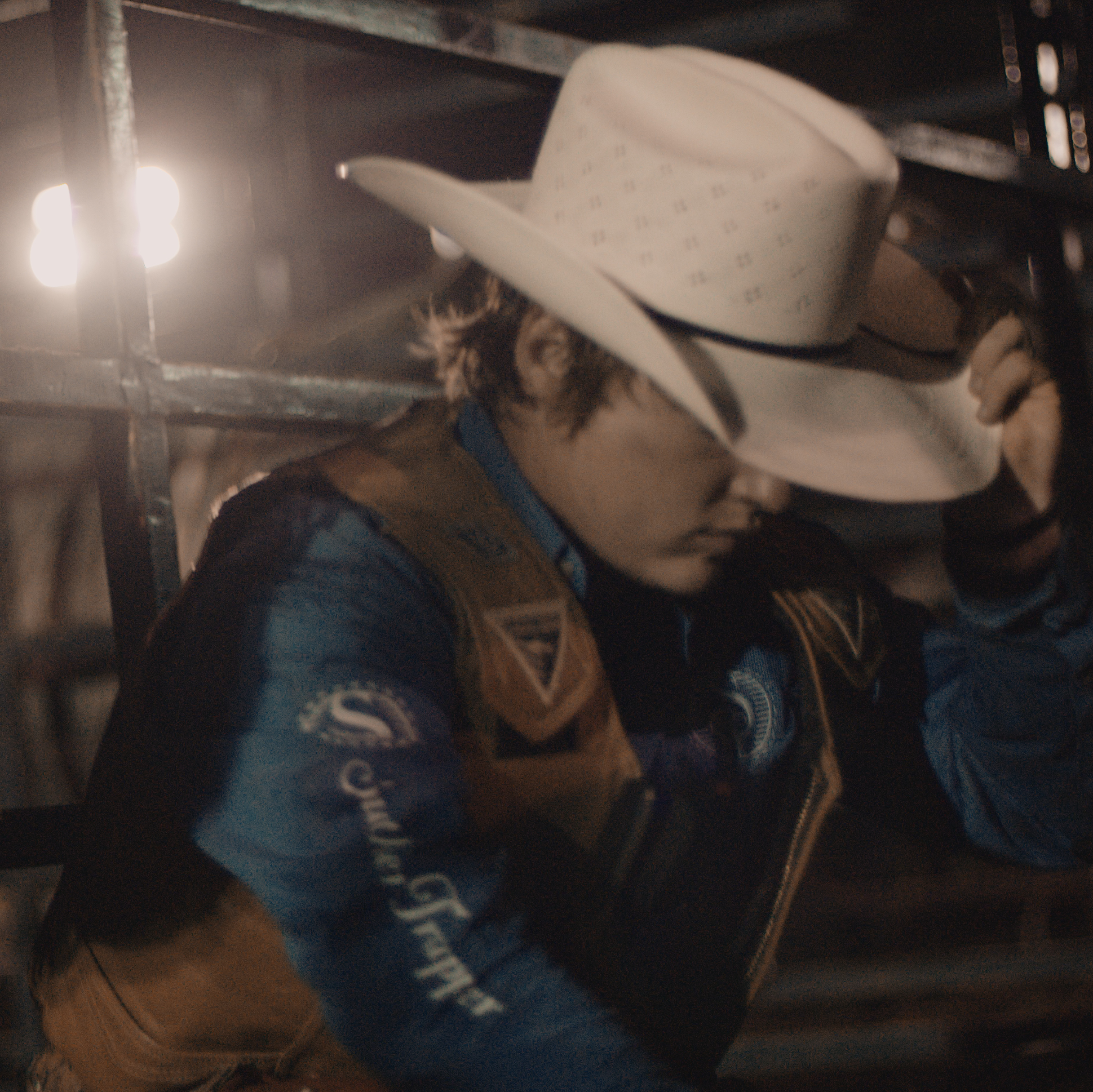 TUNNEL VISION - THE STORY OF AN AMERICAN BULL RIDER