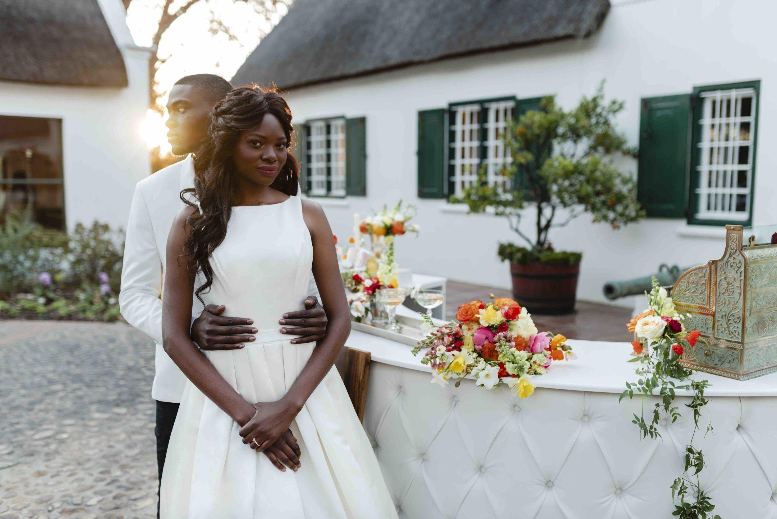 Bridal couple at gin bar near front.jpg