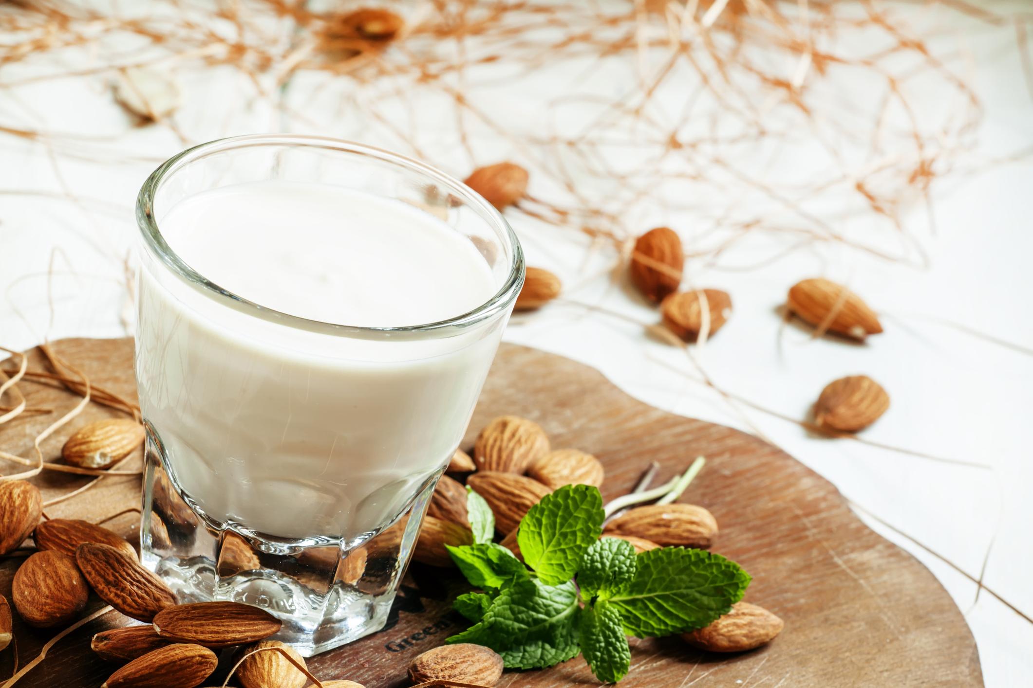 5-vegan-milks-to-try