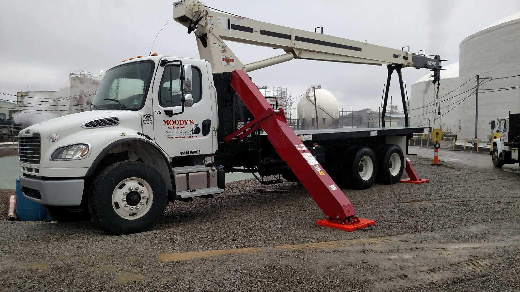 crane 5, truck 175.jpg