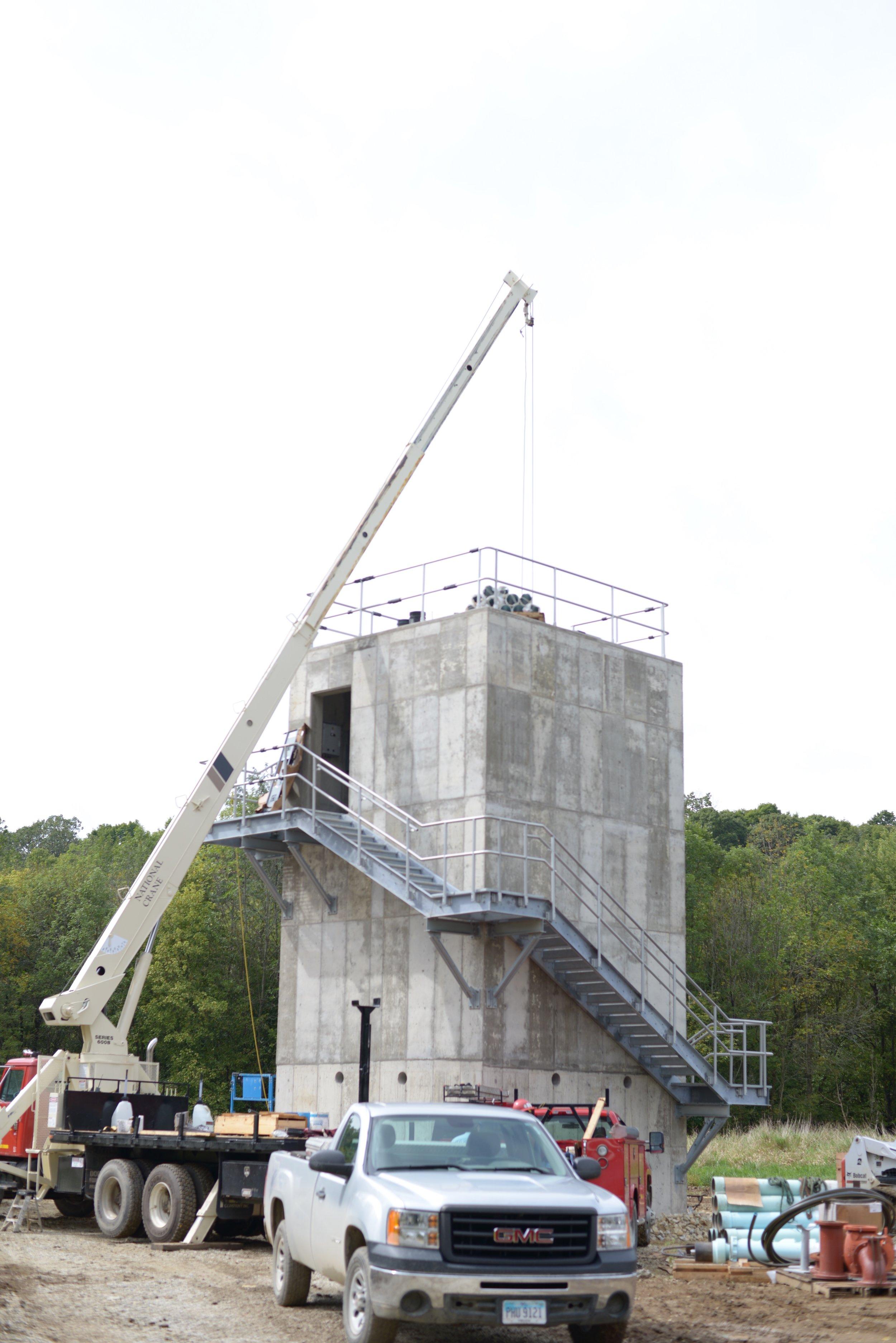 crane 38, truck 138.jpg