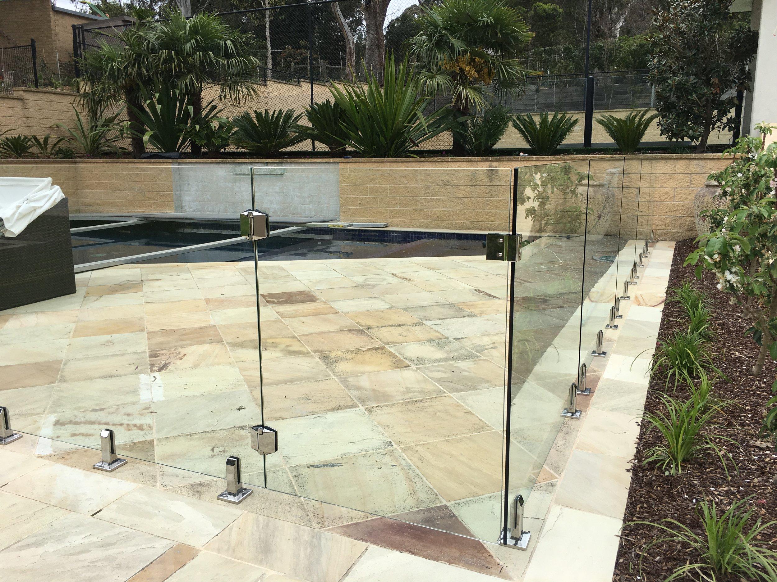 Balustrade Glass Fence 1.jpg