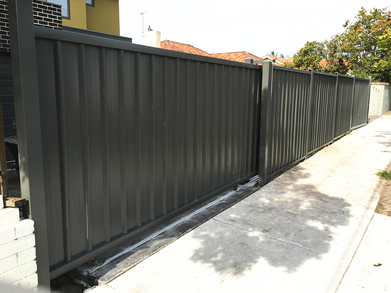 Colorbond Sliding Gate (Woodland Grey).jpg