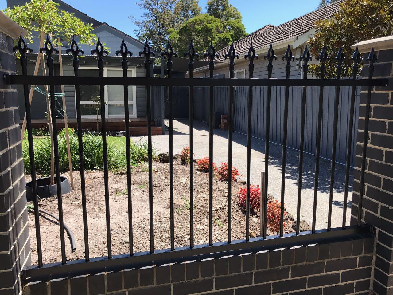 Colorbond Fence 1.jpg