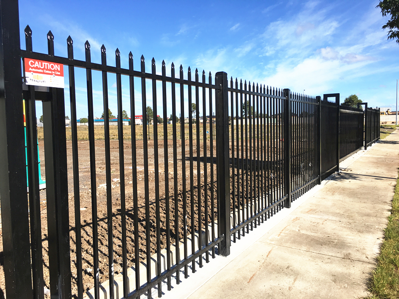 Factory Steel Security Fence 3.jpg