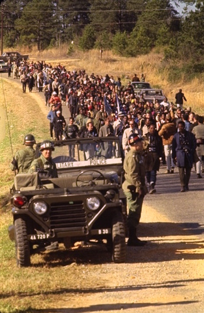 Selma marchers with soldiers March 1965