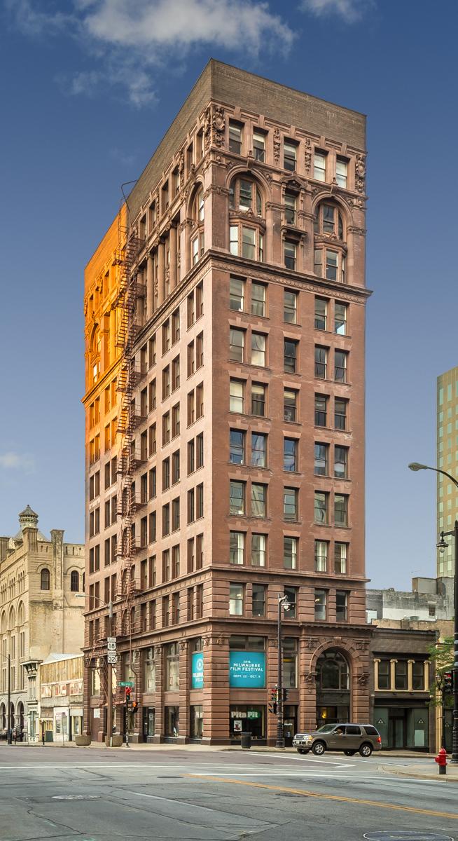 Milwaukee WI building