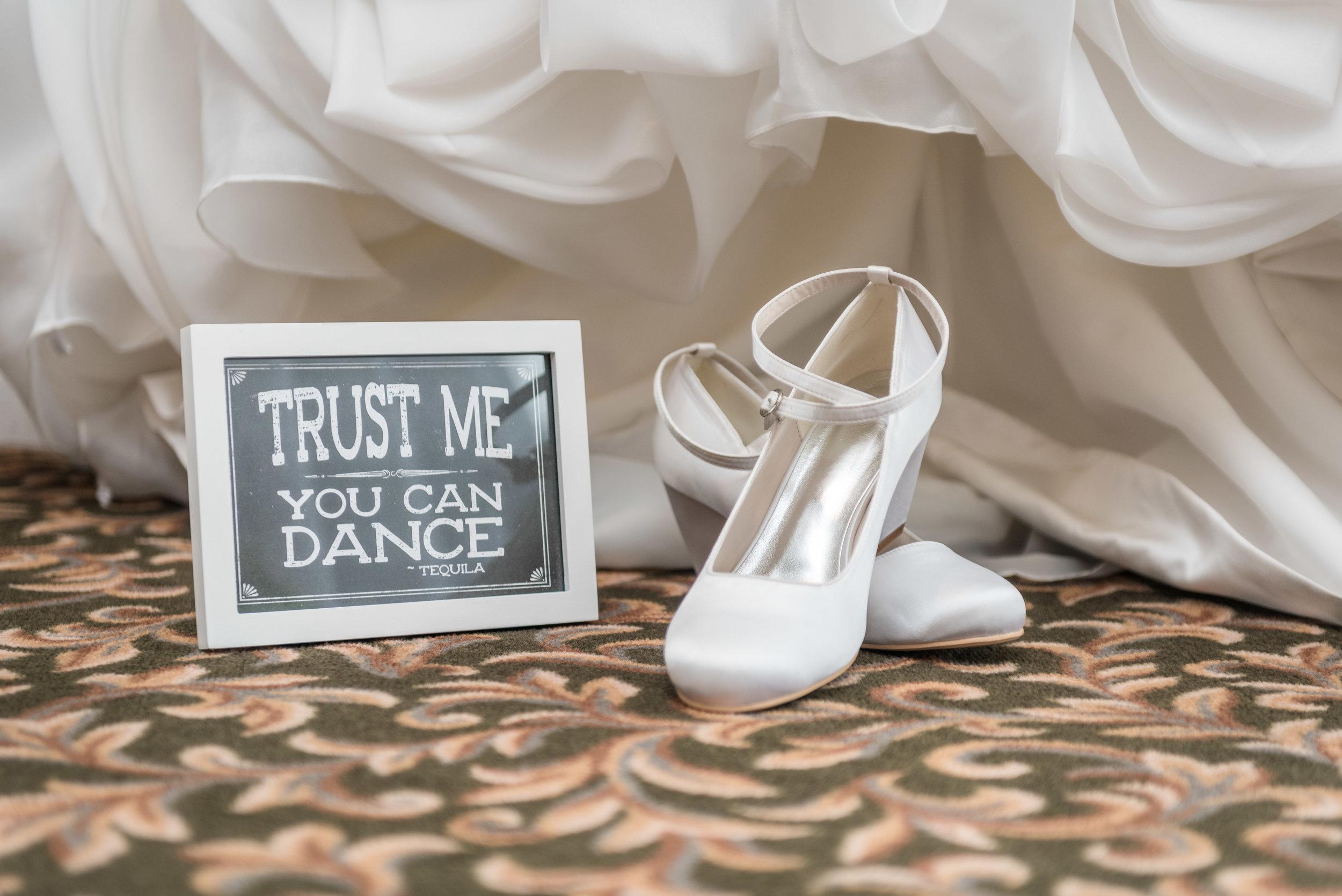 E&B Wedding Day-31.jpg