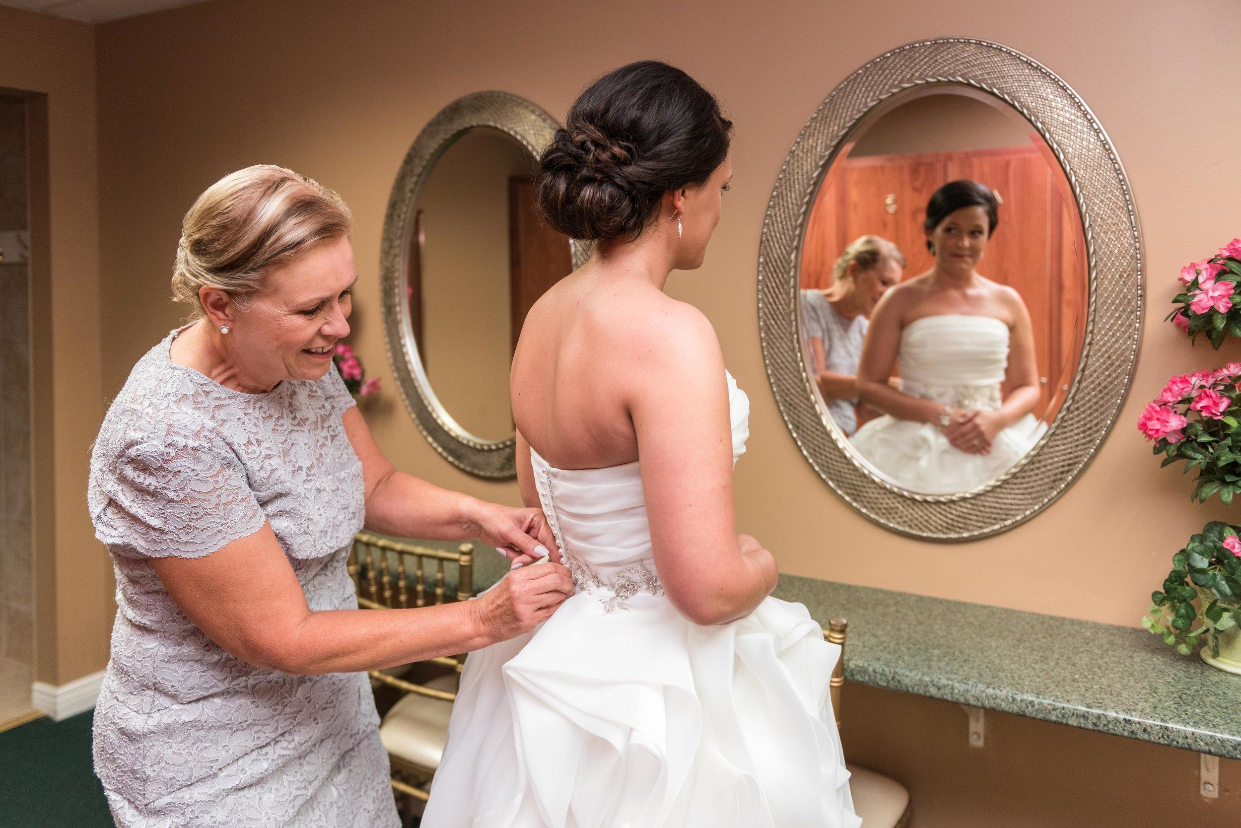 E&B Wedding Day-36.jpg