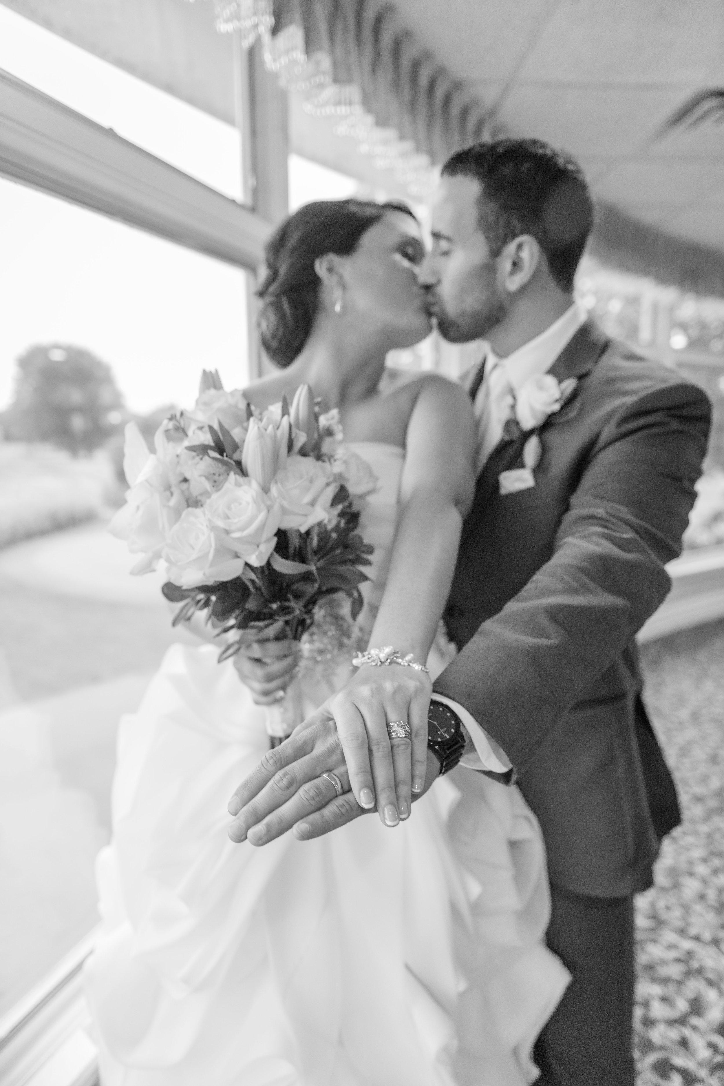 E&B Wedding Day-338 B&W.jpg