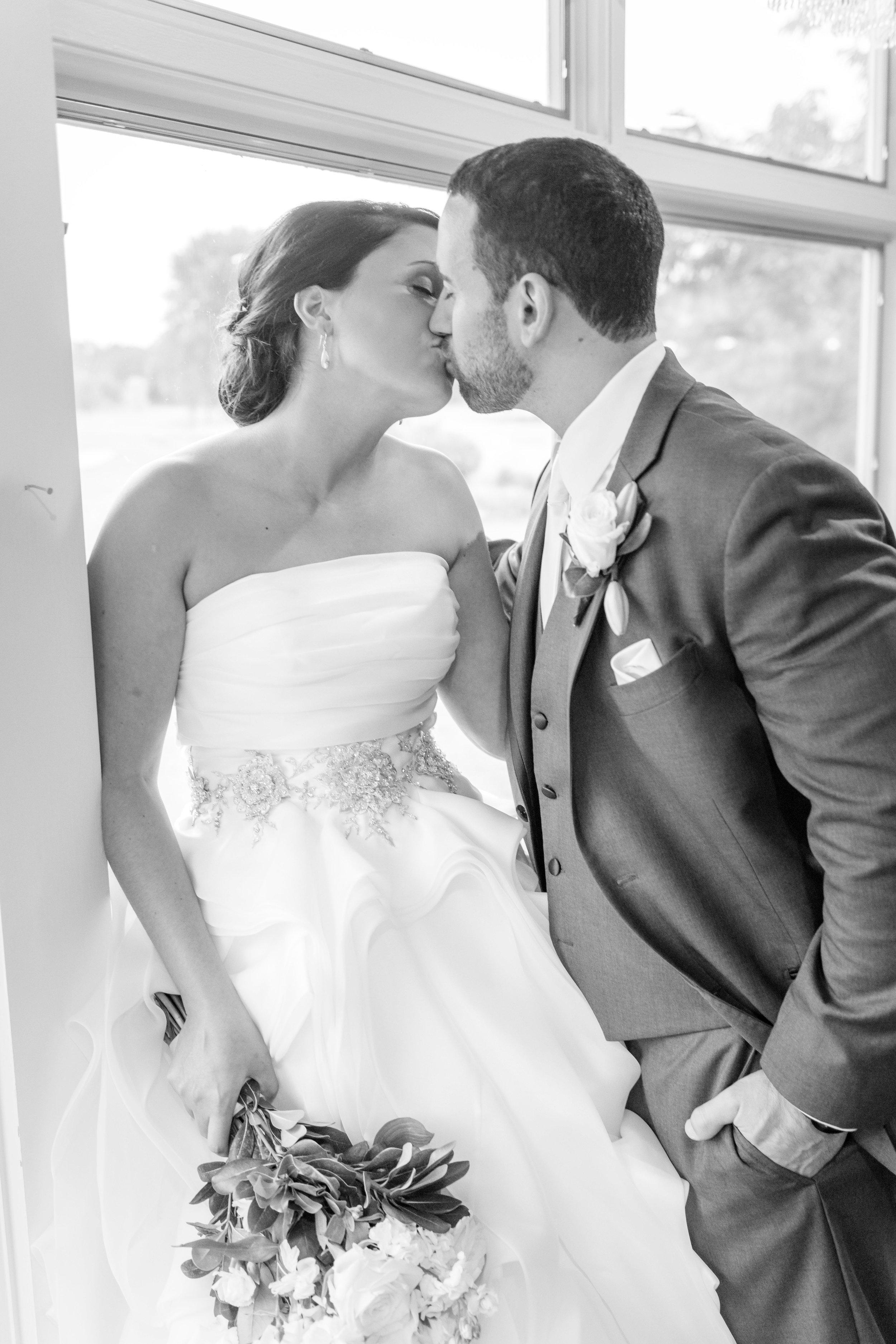 E&B Wedding Day-342 B&W.jpg