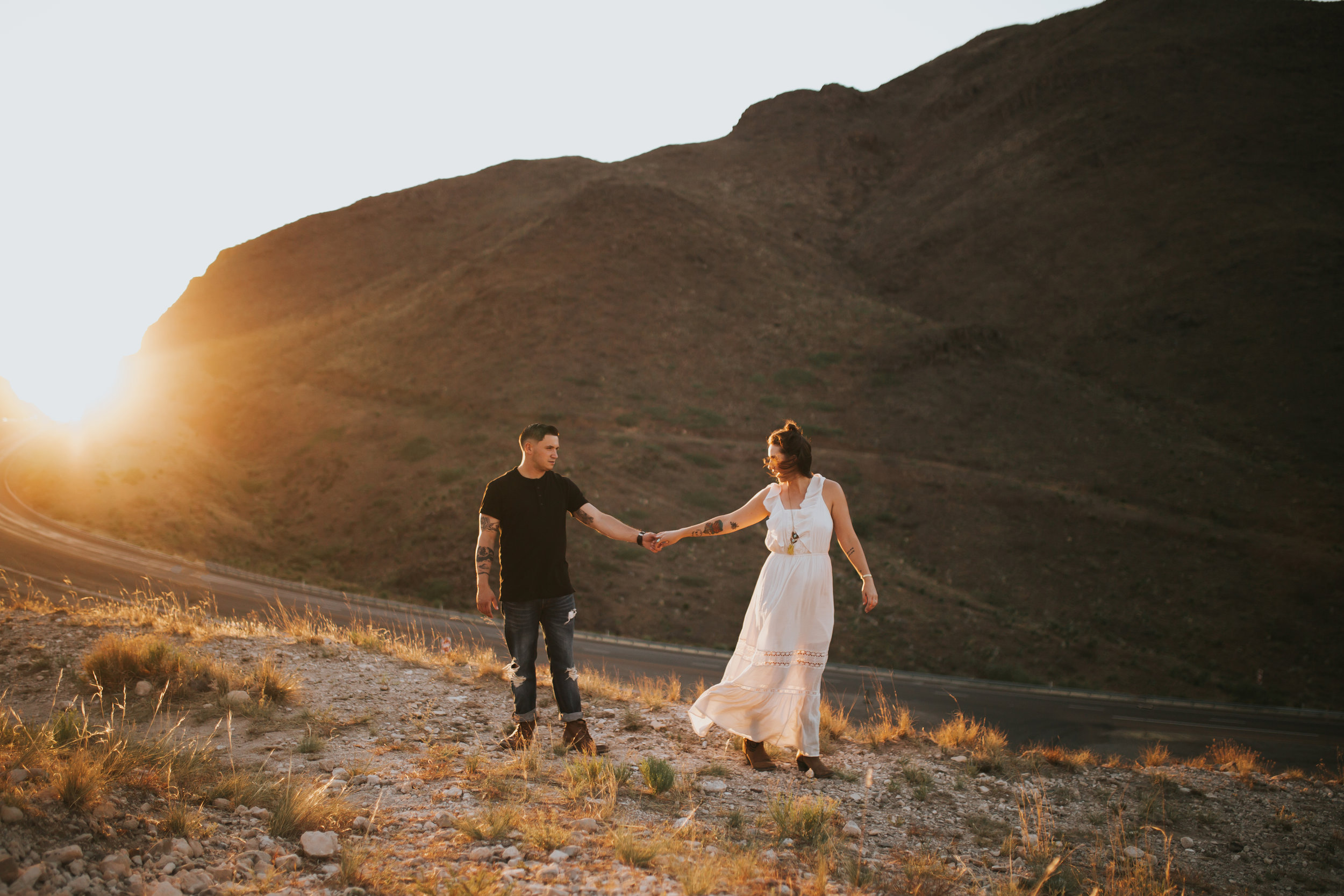 el-paso-franklin-mountains-engagement-photographer-17