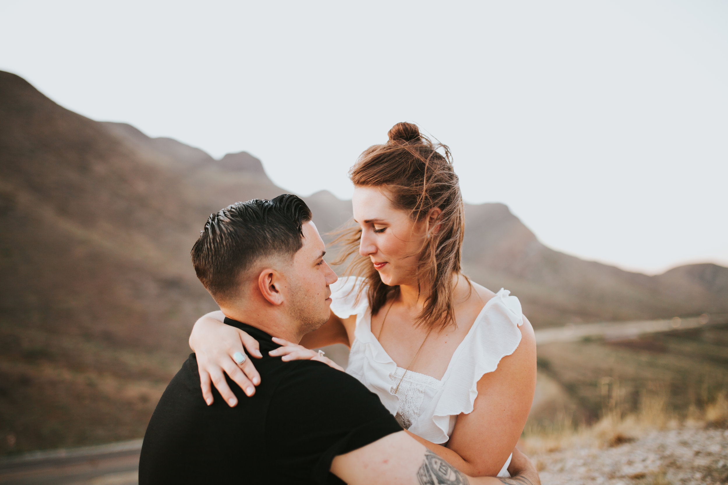 el-paso-franklin-mountains-engagement-photographer-19