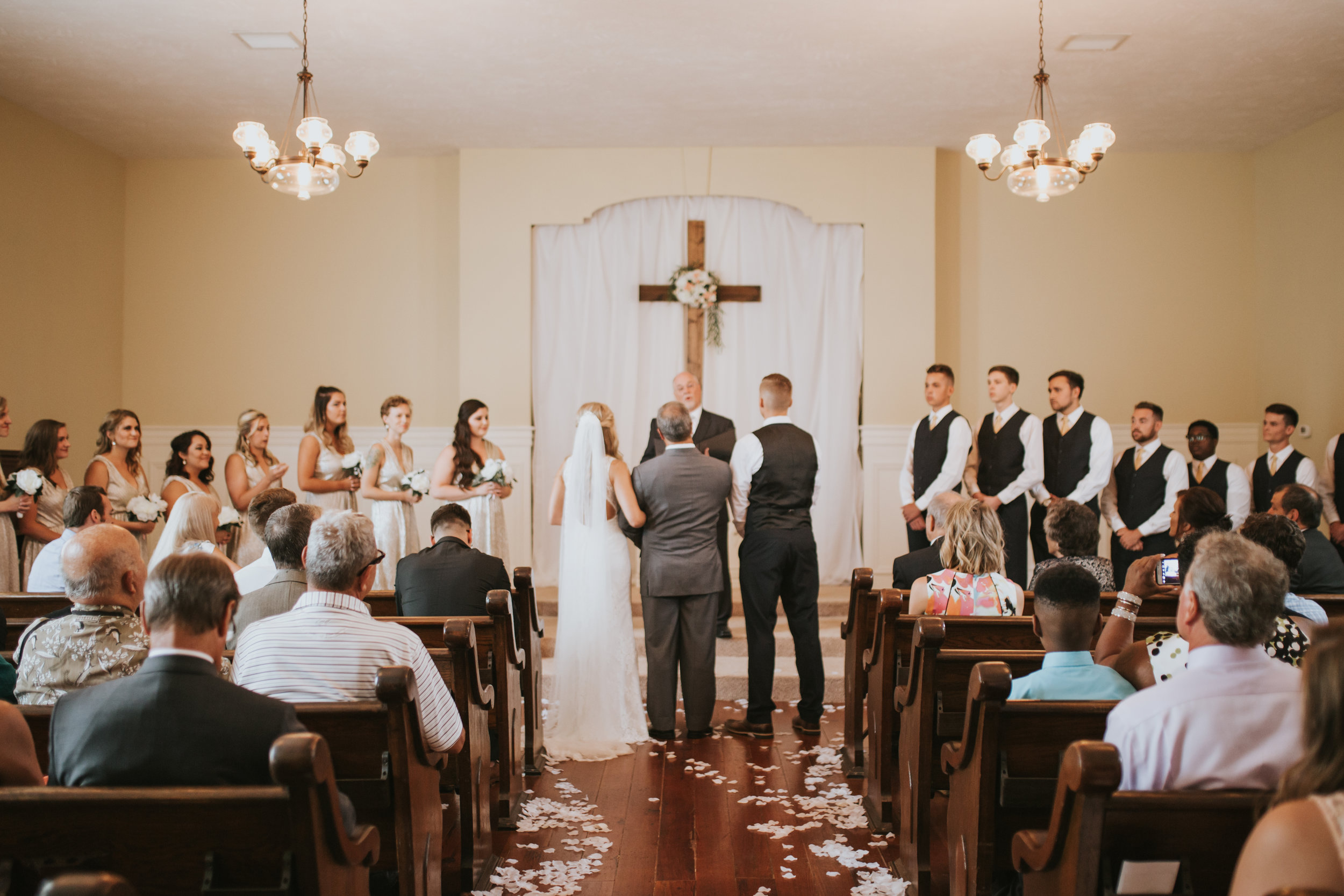 heritage-chapel-st-louis-wedding-photographer-31