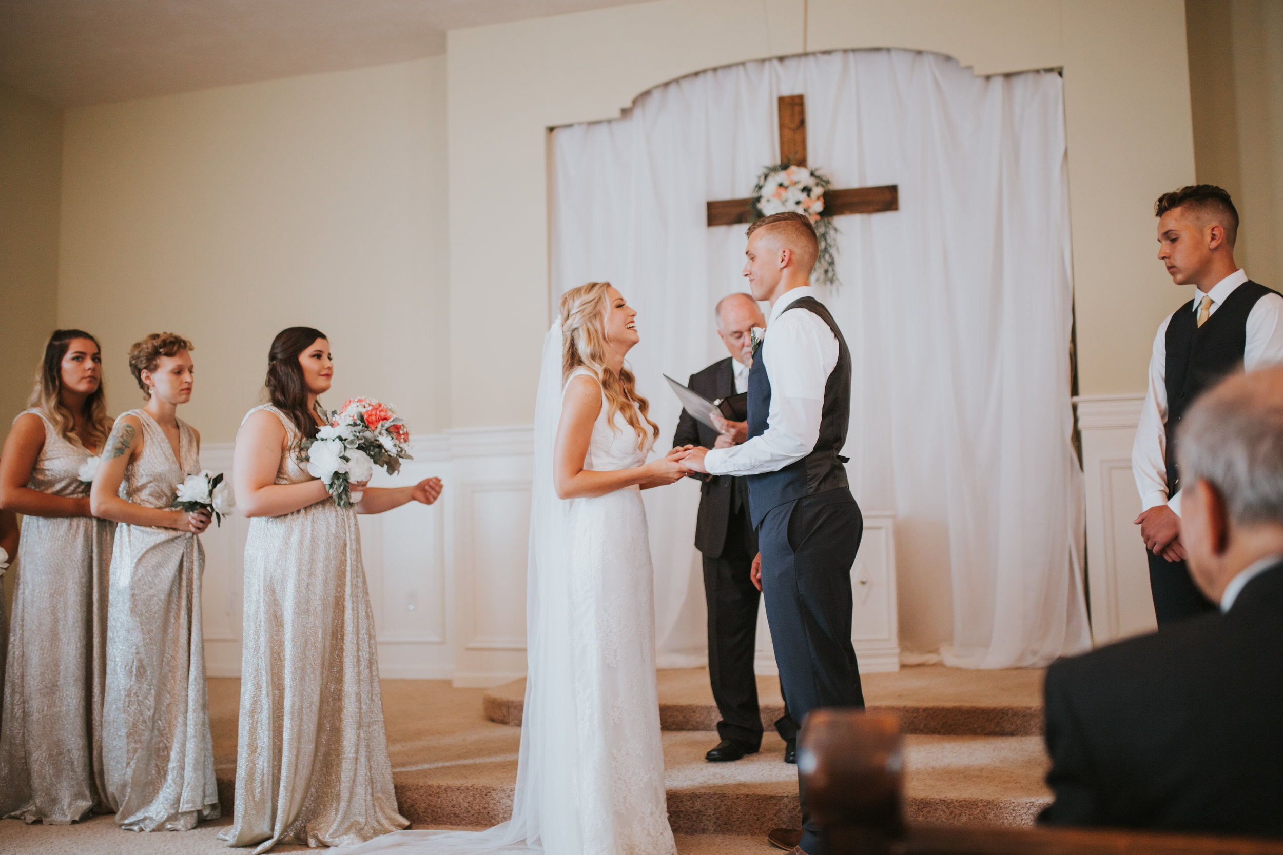 heritage-chapel-st-louis-wedding-photographer-41