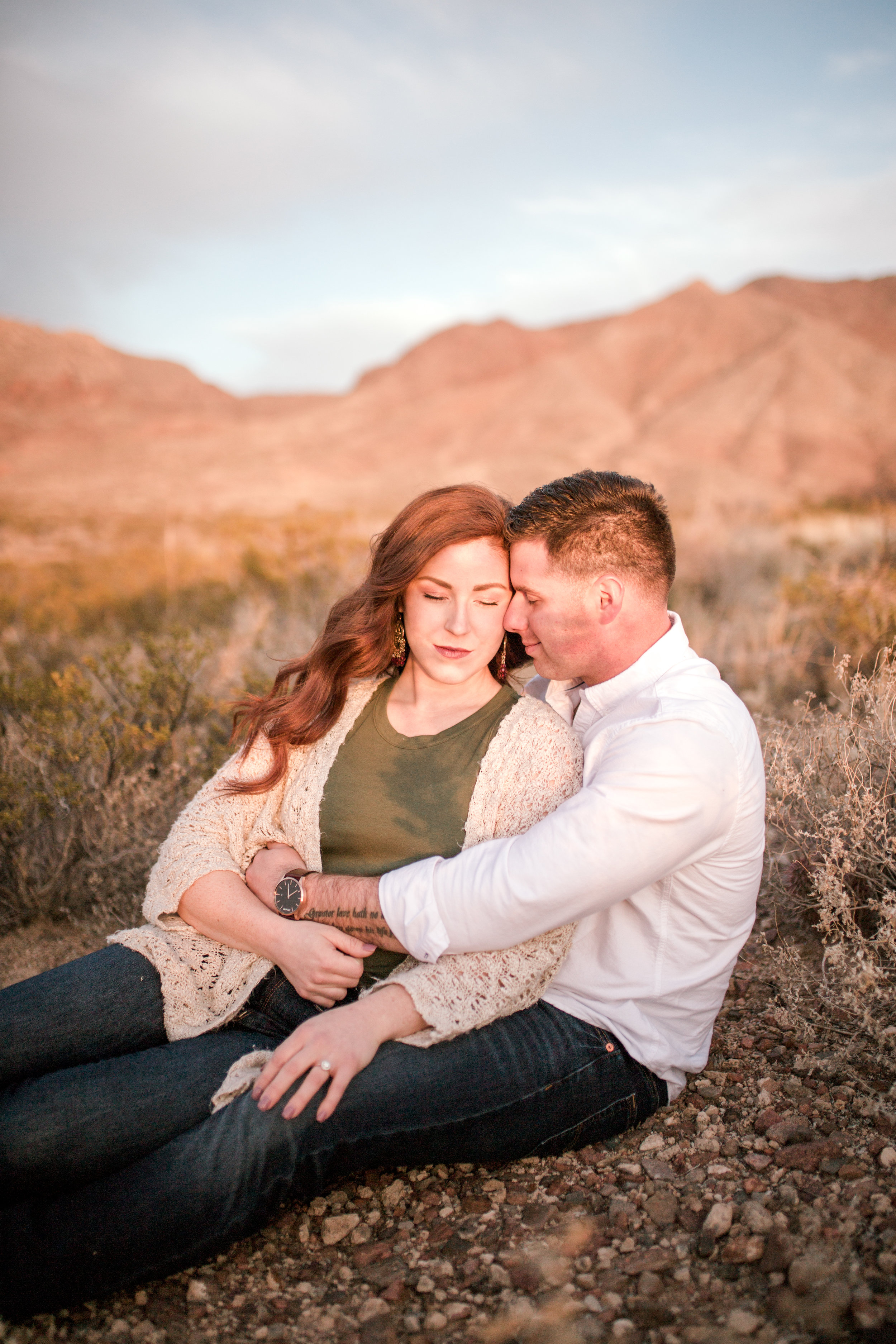 franklin-mountain-el-paso-engagement-sparrow-and-gold-photography-27
