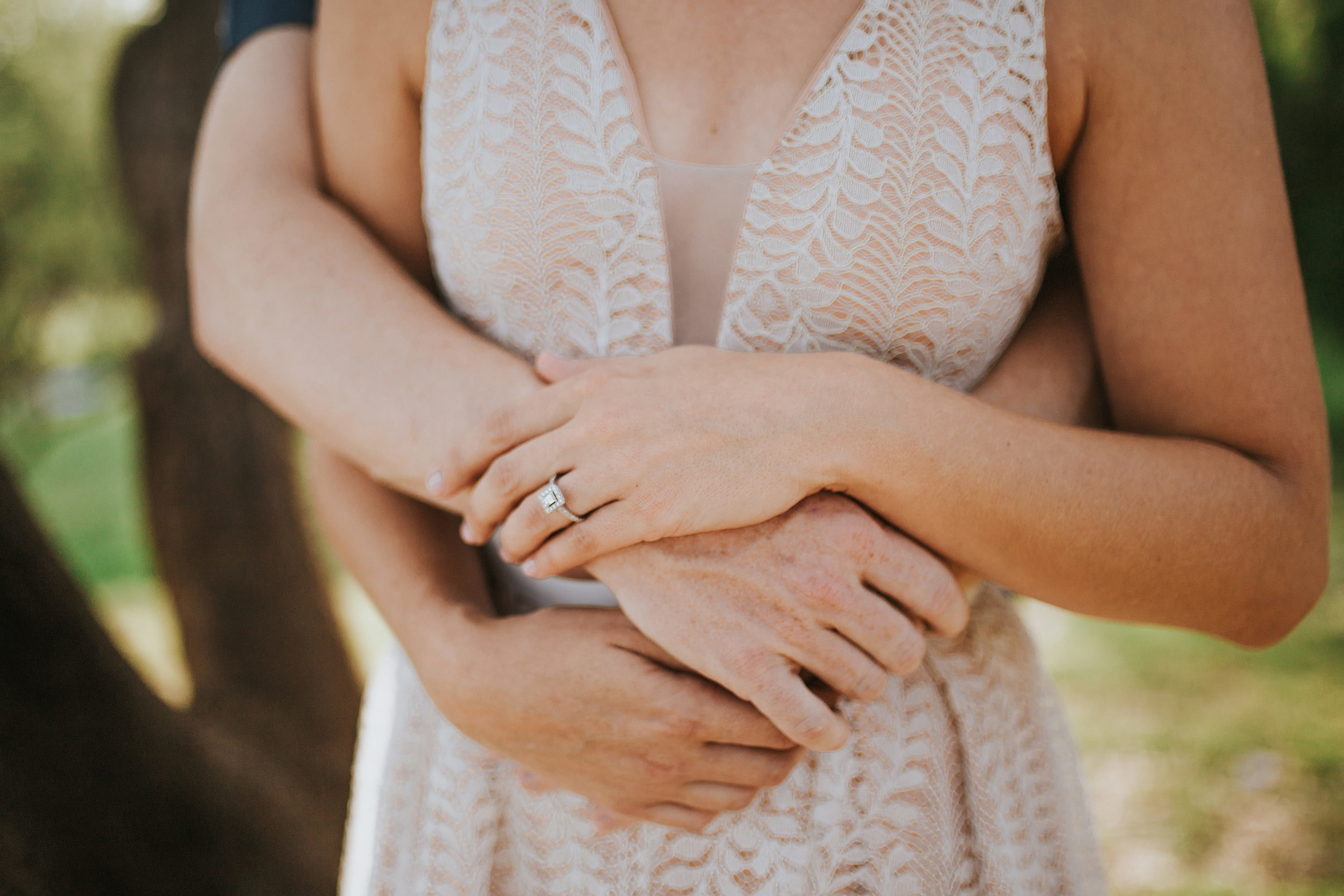 el-paso-memorial-park-engagement-sparrow-and-gold-photography-9