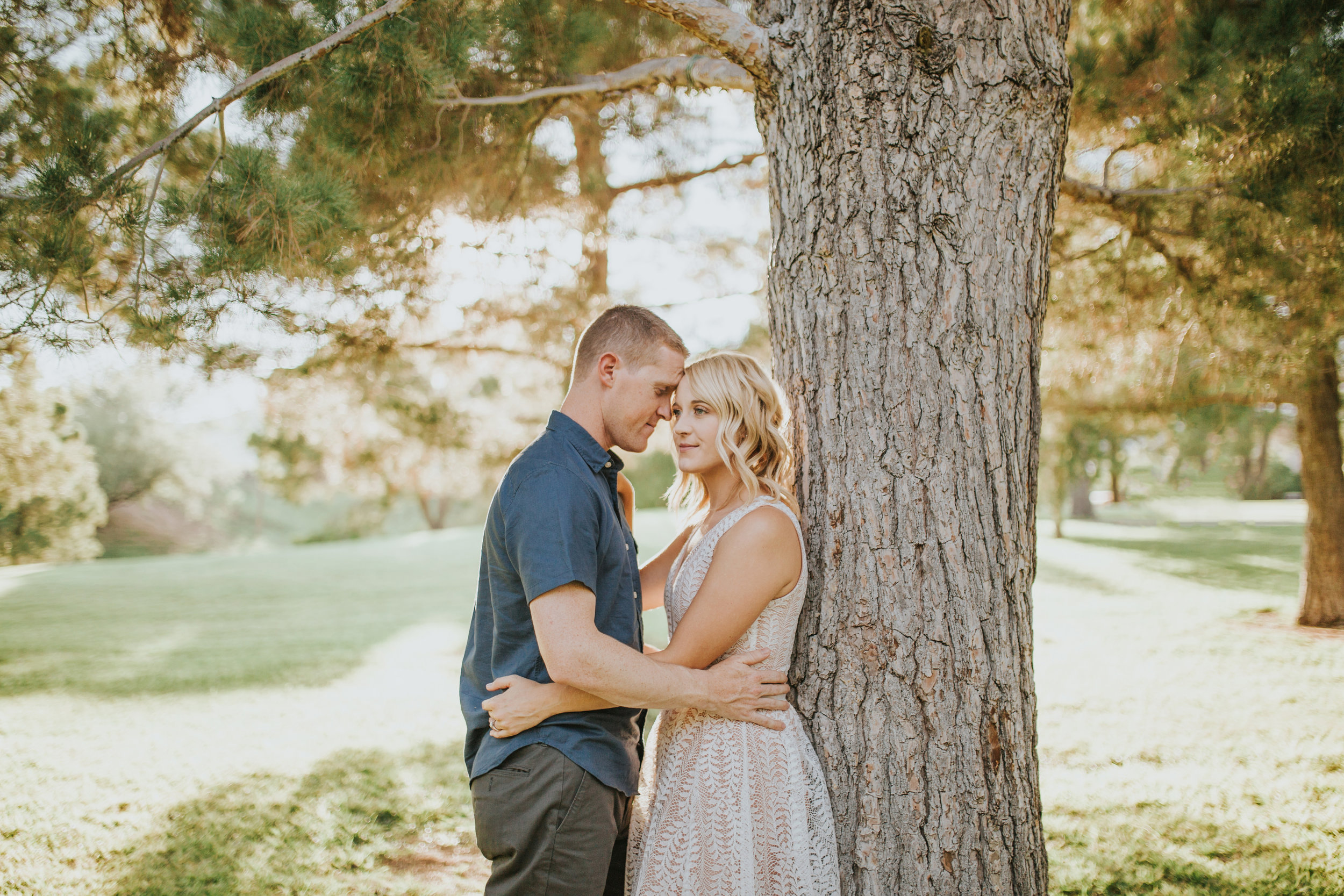 el-paso-memorial-park-engagement-sparrow-and-gold-photography-14