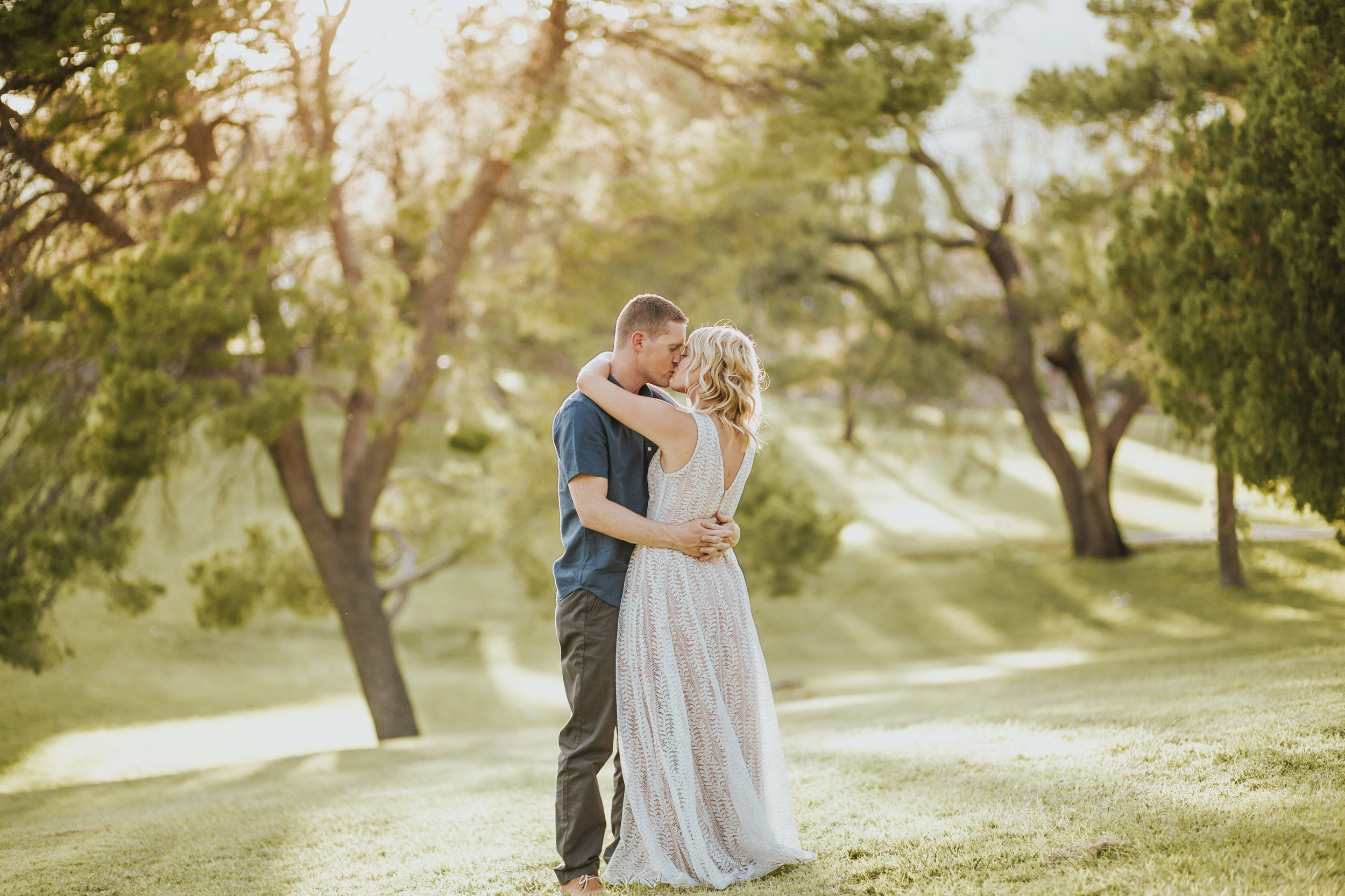 el-paso-memorial-park-engagement-sparrow-and-gold-photography-18
