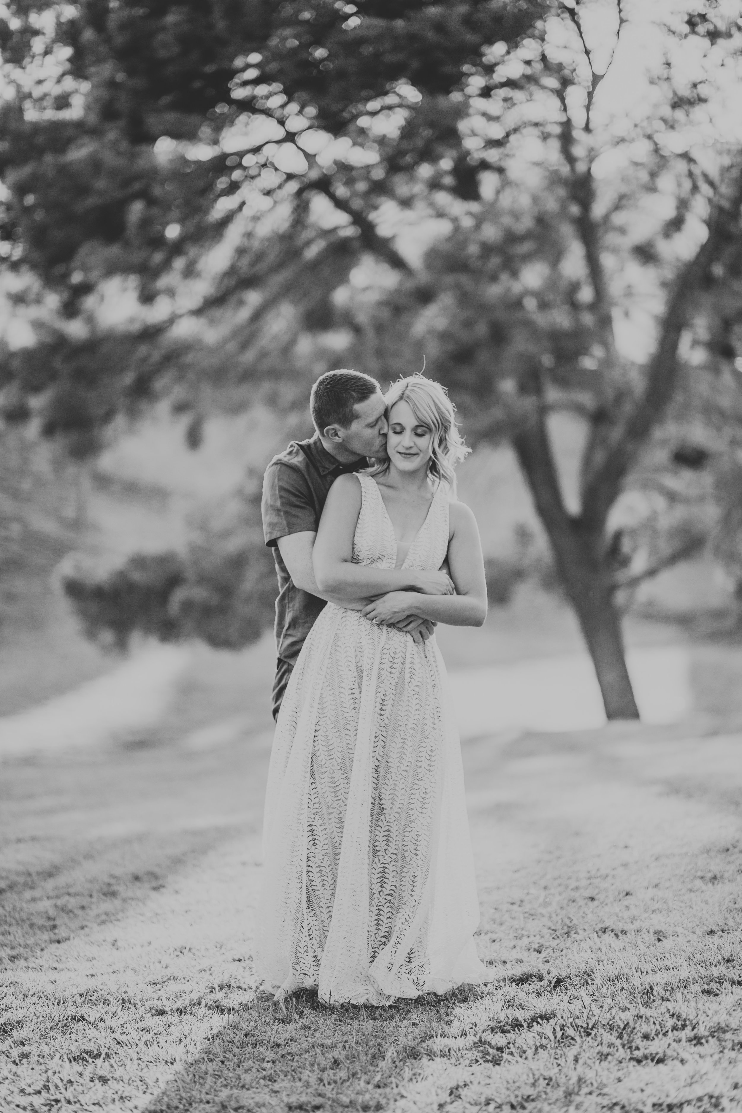 el-paso-memorial-park-engagement-sparrow-and-gold-photography-20