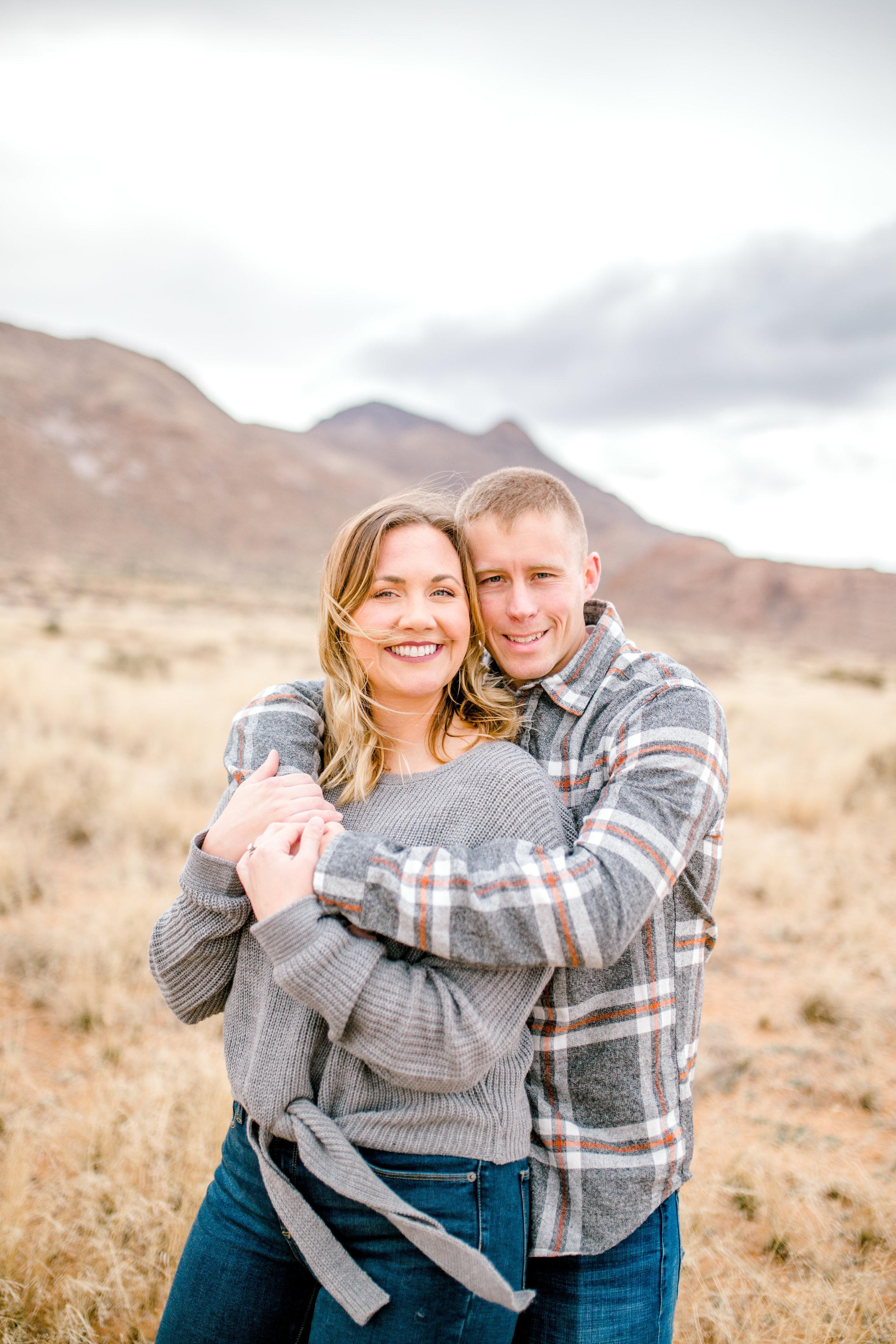 couples-franklin-mountains-el-paso-photographer-3