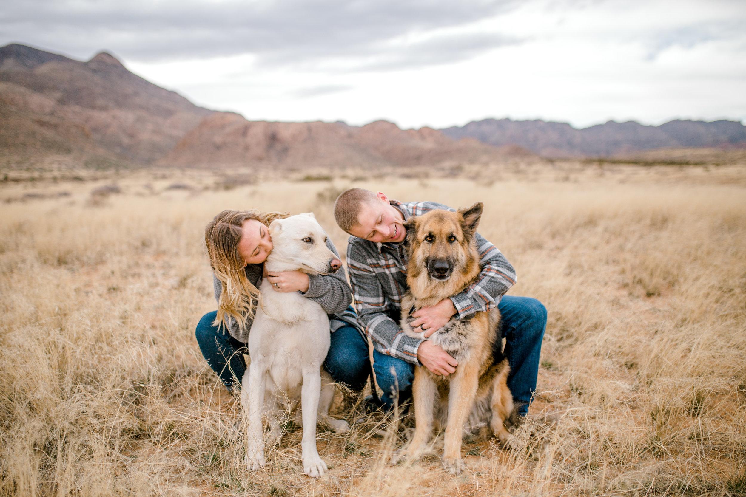 couples-franklin-mountains-el-paso-photographer-12