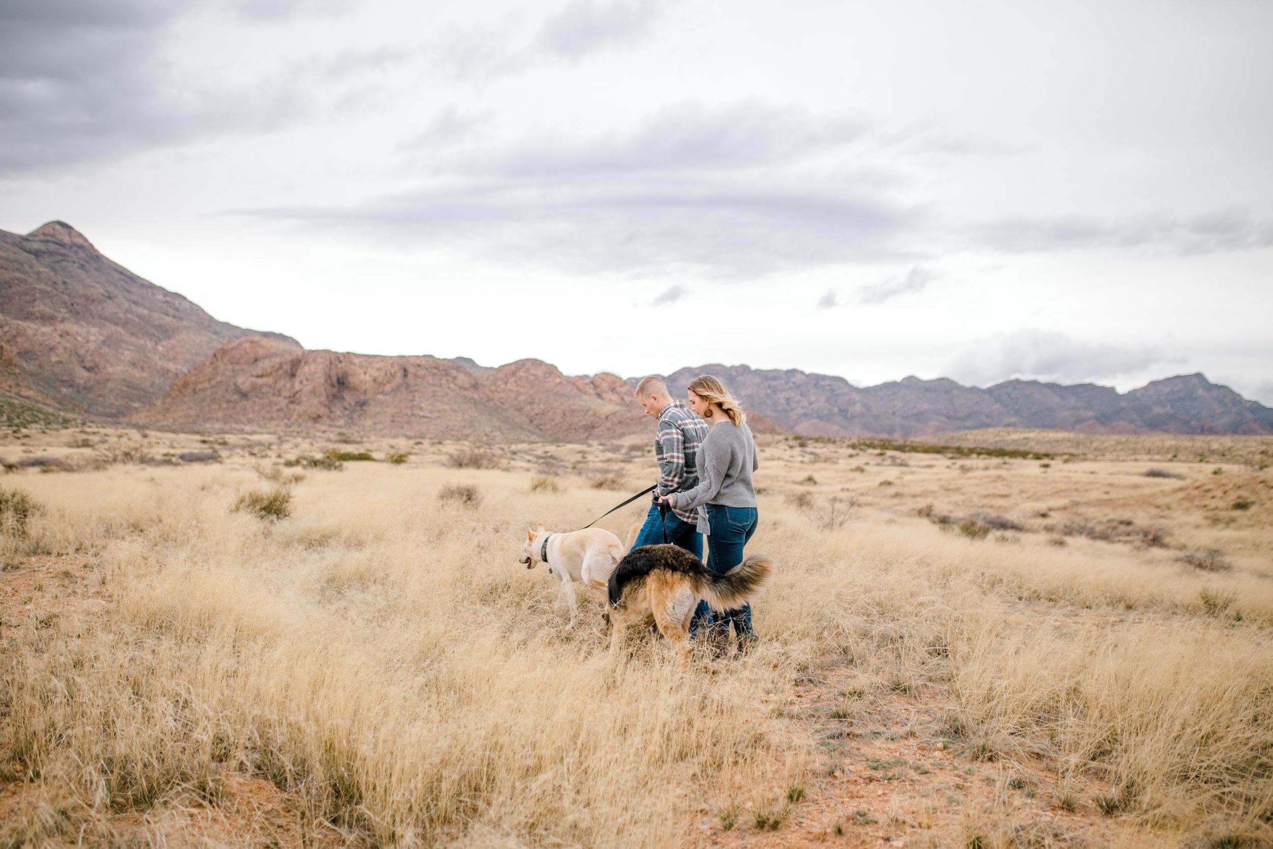 couples-franklin-mountains-el-paso-photographer-19