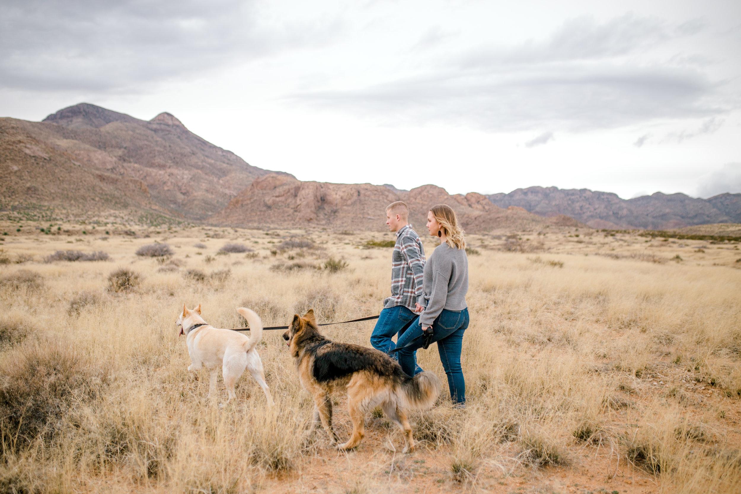 couples-franklin-mountains-el-paso-photographer-20