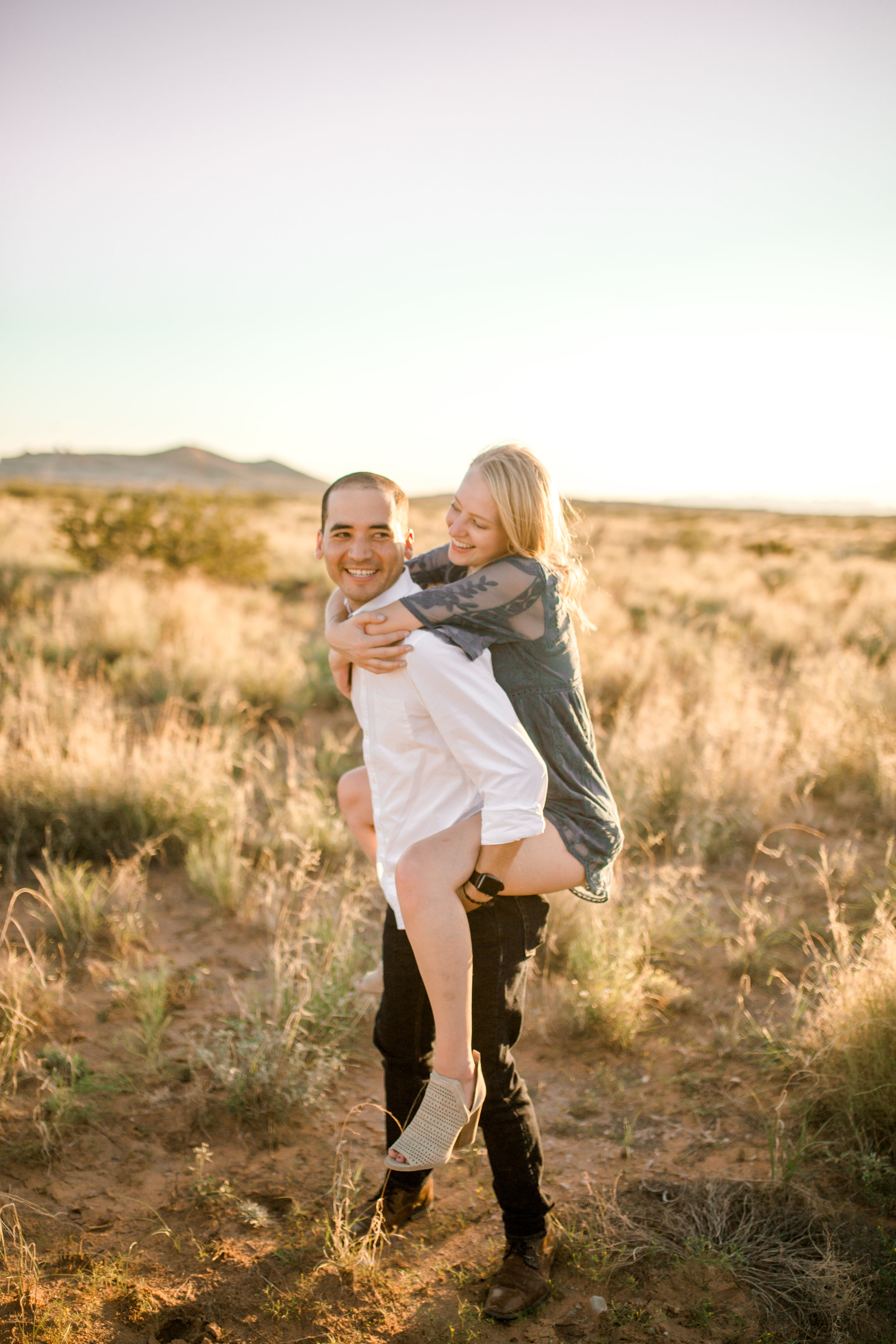 desert-engagement-session-el-paso-sparrow-and-gold-photography-21