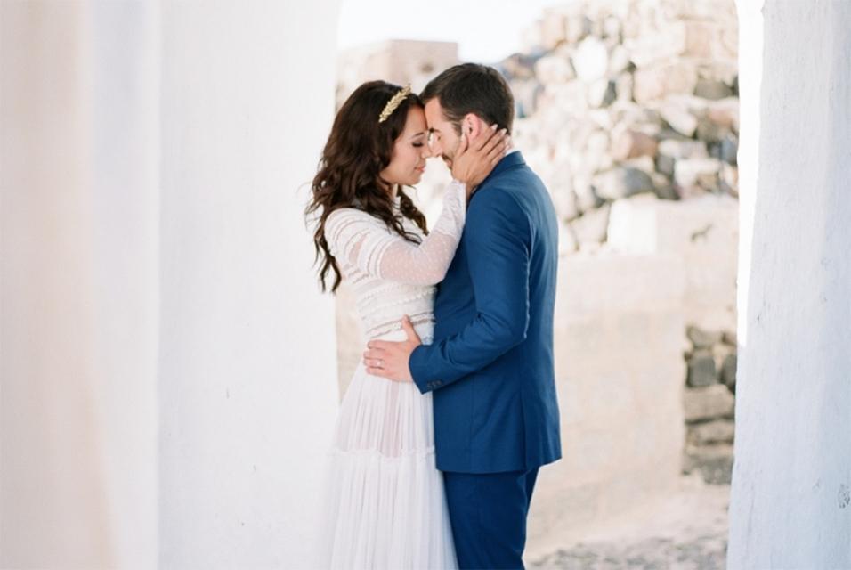 WEDDING IN SANTORINI :: GREECE  EDITORIAL