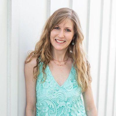 Debbie Cromack Head Shot.jpg