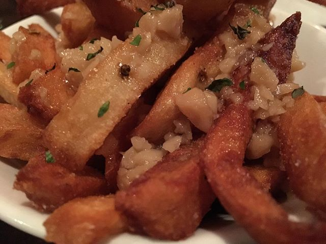 #garlicfries #frenchfries #deliciousfood @ryehousepc