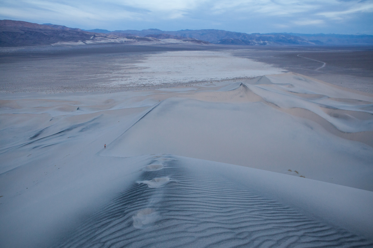 Running in the Eureka Dunes before sunrise
