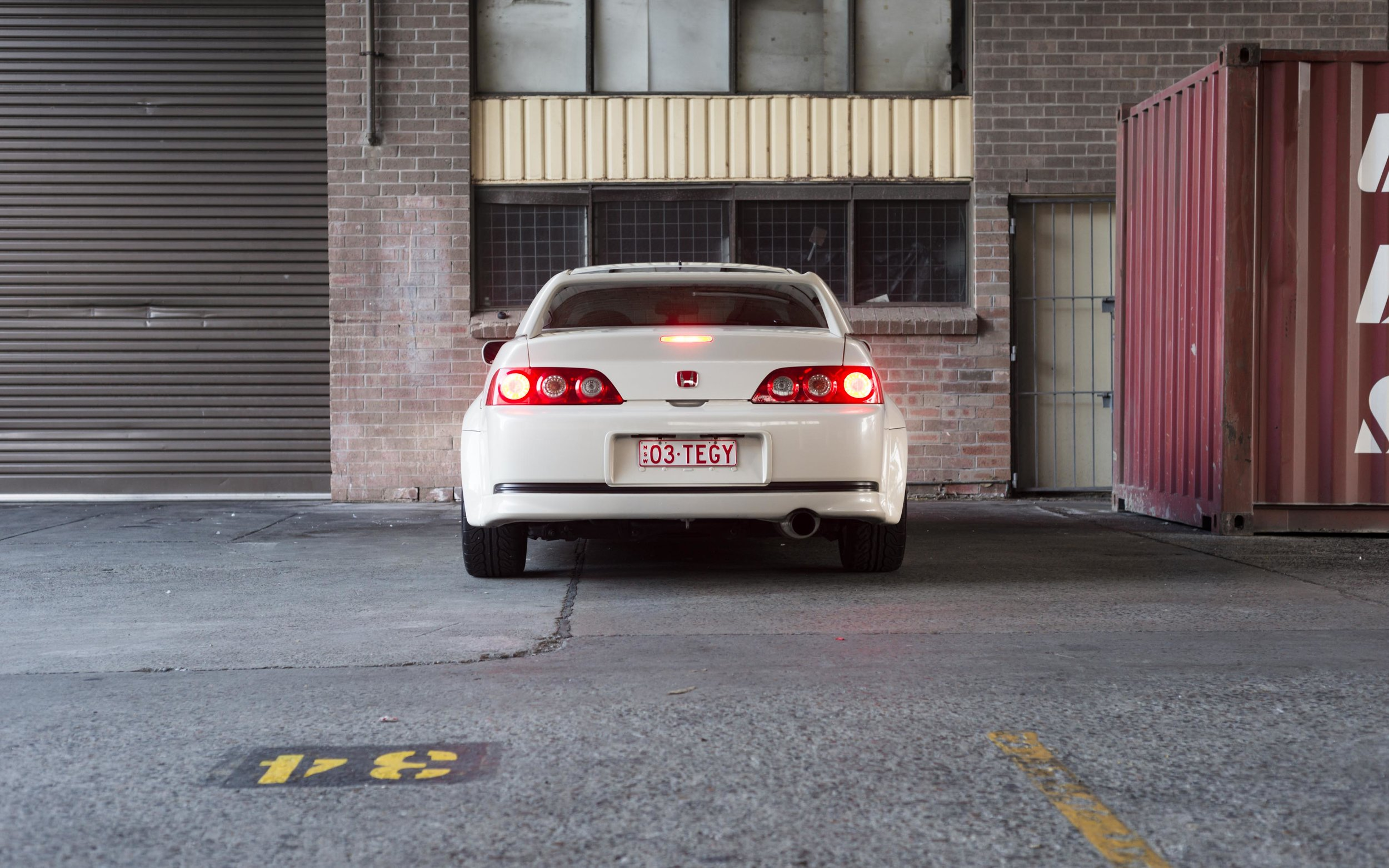 white honda dc5 rear brakelights
