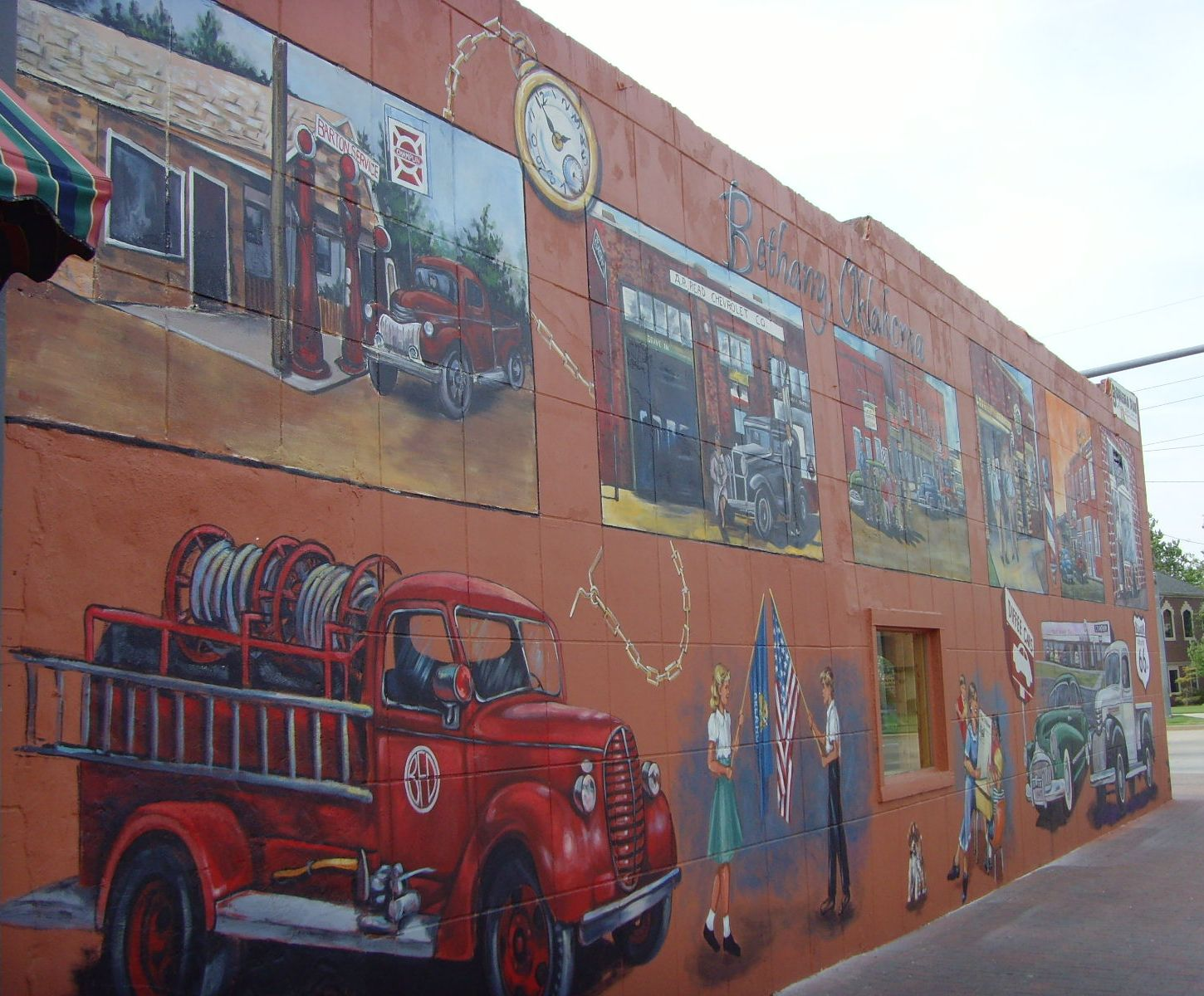 Murals at College and NW 39th 036.jpg